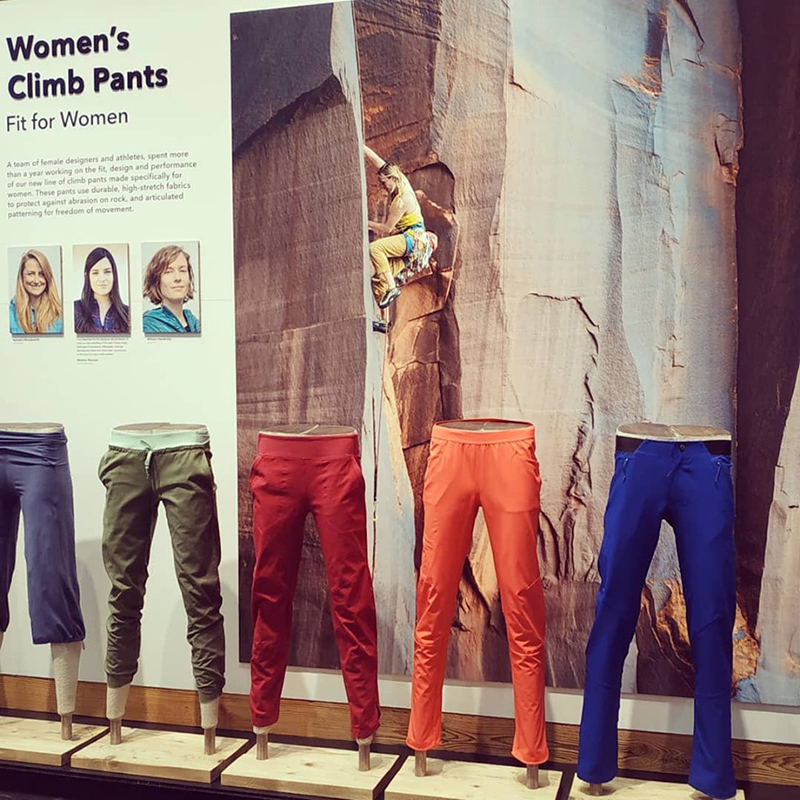 mannequin-legs-male-female-paper-pulp-sustainable-patagonia-cardboard