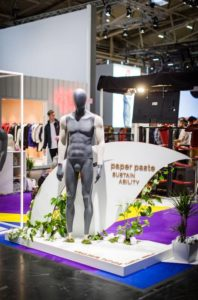 ispo-mannequins-femmequins-paperpaste-sustainable